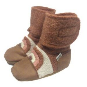 Nooks Design - Rainbow Embroidered Wool Booties - Clay