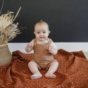 Mebie Baby - Short Linen Overalls in Camel